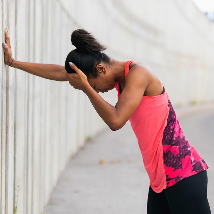 Manchmal sind die Kopfschmerzen so stark, dass nicht einmal eine Runde Laufe an der frischen Luft hilft